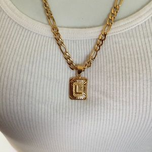 "Other - New 18k gold "" L ""necklace"